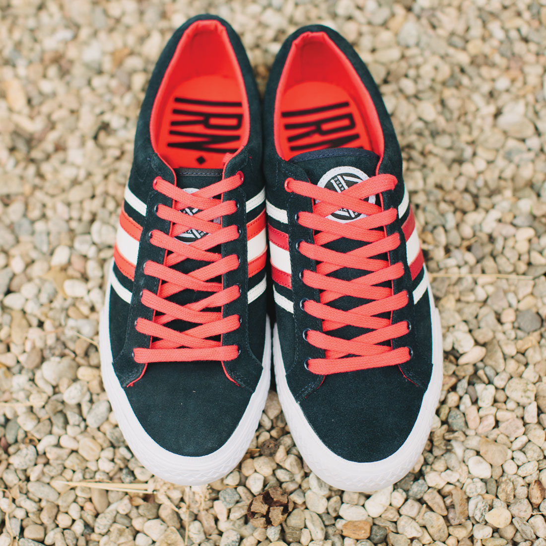duane-peters-clasher-low-vulcanized-sneaker-navy_red_white1100
